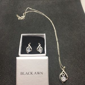 Jewelry - Silver Necklace with Matching Earrings
